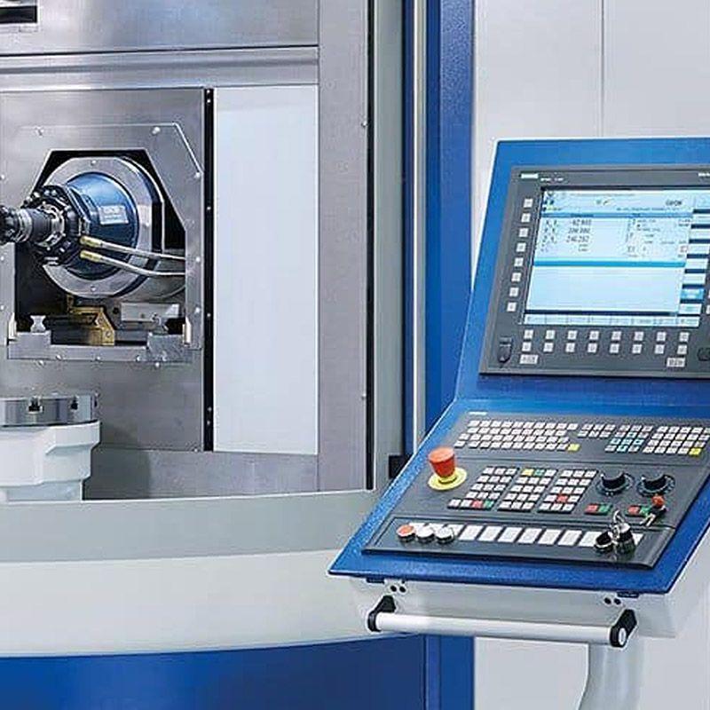 Por que escolher um centro de usinagem CNC?