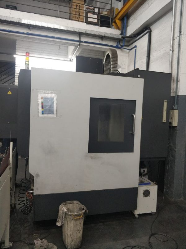 Centro de Usinagem Vertical KAFO ABR-1050