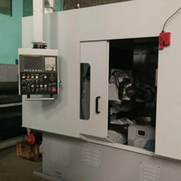 Geradora de Engrenagens CNC YKX3132M