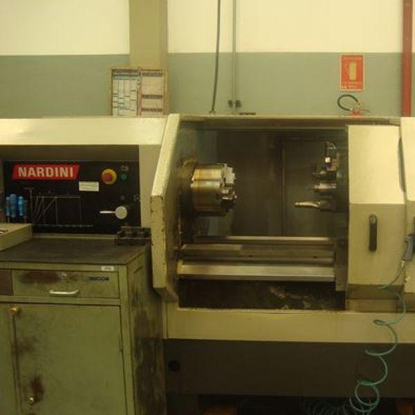 Torno CNC NARDINI LOGIC 250