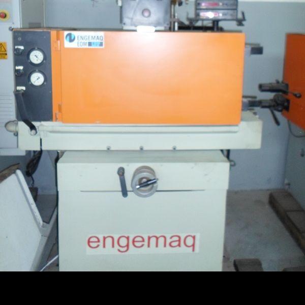 Eletroerosão por Penetração ENGEMAQ EDM 700MX