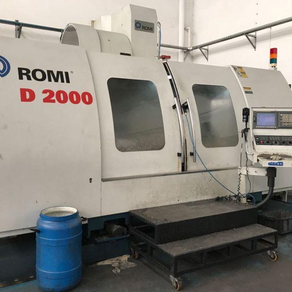 Centro de Usinagem Vertical ROMI D2000