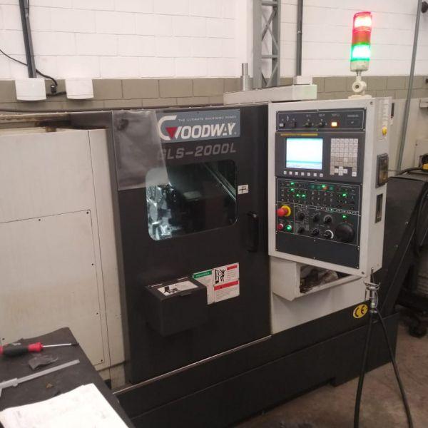 Torno CNC GOODWAY GLS-2000L